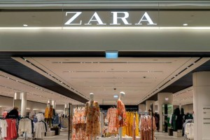 """Ανοίγουν και τα Zara: Γιατί άλλαξε στάση η εταιρεία στις """"κόκκινες"""" περιοχές"""