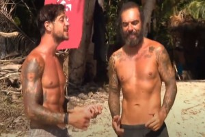 "Survivor 4: ""Να μου πεις πως ποτέ δεν θα μ' αφήσεις"" - Ο Ντάφυ έγραψε τραγούδι για τον Ηλία!"