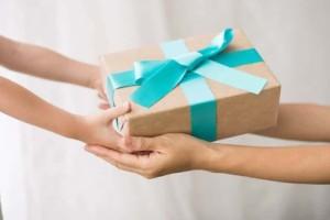 Ποιοι γιορτάζουν σήμερα, Δευτέρα 8 Μαρτίου, σύμφωνα με το εορτολόγιο;