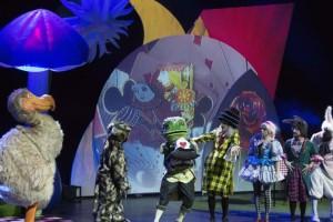 «Η Αλίκη στη χώρα των θαυμάτων» και του τσίρκου