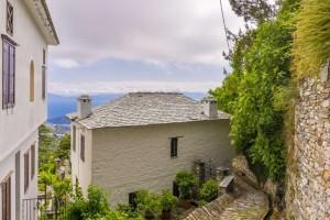 Μακρινίτσα: Το χωριό του Πηλίου με την ωραιότερη πλατεία της ορεινής Ελλάδας!
