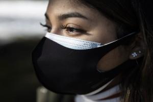 Κορωνοϊός: Πόσο προστατεύει η διπλή μάσκα - Τι έδειξαν τα νέα στοιχεία