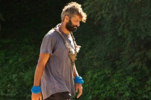 Survivor 4: Εκτός παιχνιδιού ο Αλέξης Παππάς - Ανησυχεί η κατάστασή του