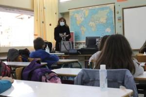 Σχολεία: Ολοταχώς για άνοιγμα στις 5 Απριλίου