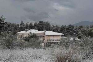 Η φωτογραφία της ημέρας: Χιόνι ήταν... και πάει στην Αττική