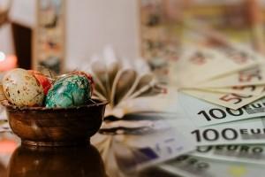Δώρο Πάσχα: Πότε θα καταβληθεί- Έτσι θα υπολογίσετε το ποσό