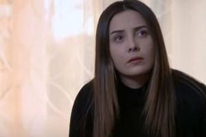 Elif: Η Μελέκ έχει κάποιες θολές αναμνήσεις από το παρελθόν της