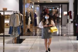 Οι λοιμωξιολόγοι αποφασίζουν για τα εμπορικά κέντρα, το click inside και τα κέντρα αισθητικής