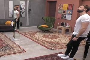 House of fame: Ο Βρεττός μπαίνει στο reality- Εντάσεις και τσακωμοί