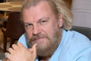 Εξέλιξη σοκ: Σε σοβαρή κατάσταση νοσηλεύεται ο Κώστας Σπυρόπουλος!