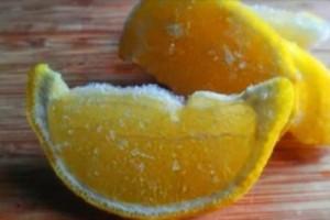 Να γιατί πρέπει πάντα να καταψύχουμε τα λεμόνια μας