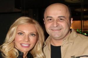 Τρισευτυχισμένοι Μάρκος Σεφερλής και Έλενα Τσαβαλιά