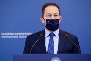 """Στέλιος Πέτσας: """"39 δισ. ευρώ έχουμε δώσει για τη στήριξη της πραγματικής οικονομίας"""""""