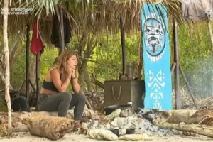 Survivor 4: Έπος από τη Μαριαλένα - Έκανε συζήτηση... μόνη της στην καλύβα
