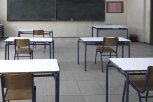 Σχολεία: Ανοίγουν τα Λύκεια αύριο (12/4) - Τι ισχύει για τα self tests