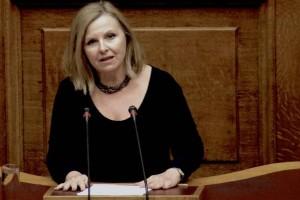 Άννα Χατζησοφιά: Ζήτησε συγγνώμη μετά από άστοχη ανάρτηση για τα κορωνοπάρτι