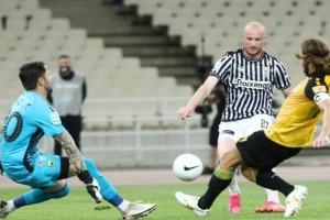 Super League: Έπιασε δεύτερη θέση και… κράτησε την ελπίδα του Παναθηναϊκού ο ΠΑΟΚ