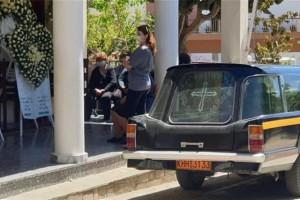 Έγκλημα στα Γλυκά Νερά: Σπαράζουν καρδιές στην κηδεία της Καρολάιν - Θλίψη και οδύνη στο τελευταίο της ταξίδι