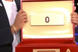 Τραγική κατάληξη στο Deal: Πήρε 7.000 ευρώ και... τα έχασε!