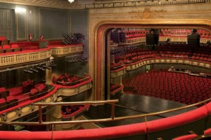 """""""Το Εθνικό Θέατρο δίνει πνοή"""" σε όσους αναρρώνουν από τον κορωνοϊό"""