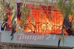 Μεγάλη φωτιά σε διαμέρισμα στην Πάτρα (Video)