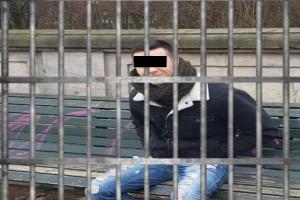 """""""Στην φυλακή θα φας τρελή π@@τσ@"""": Ξεφτιλίζουν τον τύπο που πέταξε το μόριο του έξω, στο προφίλ του στο Facebook!"""