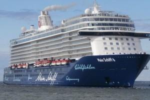 Ρόδος: Έφτασε το πρώτο κρουαζιερόπλοιο με 1000 Γερμανούς τουρίστες