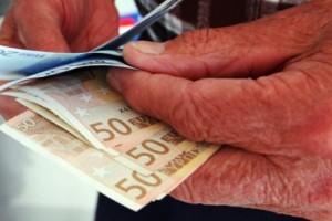 Συντάξεις Ιουνίου:  Πότε πληρώνονται κύριες και επικουρικές - Αναλυτικά οι ημερομηνίες ανά Ταμείο