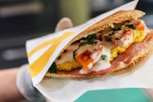 6+1 αγαπημένα street food που θα γίνουν το επόμενο στέκι σας!