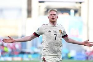 Euro 2020: Το Βέλγιο είχε... Ντε Μπρόινε και προκρίθηκε - Συγκλονιστικές στιγμές στη Δανία για τον Κρίστιαν Έρικσεν
