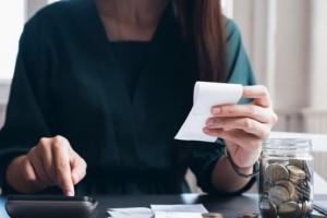 Φορολογικές δηλώσεις: Τι να προσέξετε στο Ε3 για επιστρεπτέα προκαταβολή, επιδοτήσεις και αποζημιώσεις λόγω κορωνοϊού - Τι ισχύει με τις αποδείξεις