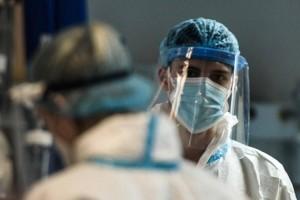 Κορωνοϊός: Κερδίζεται η «μάχη» με την πανδημία - Η ξεχωριστή περίπτωση 70χρονης στη Θεσσαλονίκη