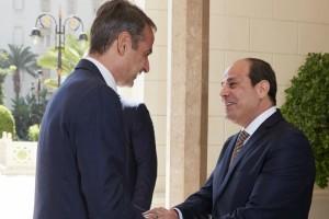 Ο Μητσοτάσκης συναντάει Αλ Σίσι - Τουρκία, ΑΟΖ, Λιβύη στην ατζέντα των συζητήσεων