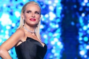Μαρία Μπεκατώρου: «Καίει» τη Μύκονο η παρουσιάστρια - Ποιο το μέλλον της