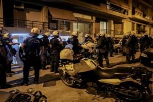 Πετράλωνα: Κατά συρροή βιαστής ο δράστης της επίθεσης στην 50χρονη καθαρίστρια - Είχε βιάσει 22χρονη και βγήκε έξω με τον νόμο Παρασκευόπουλου