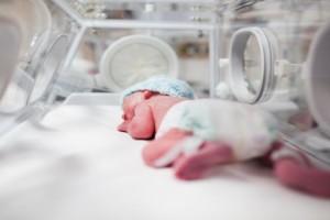 Θρίλερ στις Σέρρες: Μωρό 20 μηνών έπαθε εισρόφηση μπροστά στους γονείς του - Νεκρό 8 μηνών μωράκι στην Εύβοια!