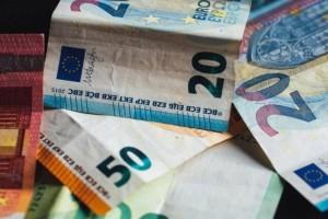 Συντάξεις Ιουλίου: Το χρονοδιάγραμμα των πληρωμών - Ποιοι μπορούν να πάρουν σύνταξη πριν τα 62