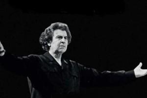 Μίκης Θεοδωράκης: Γενέθλια για τον σπουδαίο συνθέτη - Έκλεισε τα 96