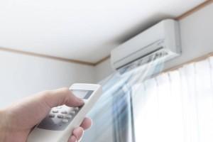 Πανέξυπνο: Πώς θα κάνετε το κλιματιστικό σας να «καίει» έως και 40% λιγότερο ρεύμα