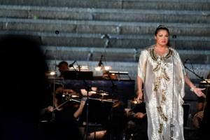 Η κορυφαία σοπράνο Anna Netrebko μάγεψε με τη φωνή της στο Καλλιμάρμαρο