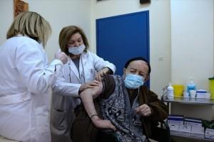 Μανωλόπουλος για εμβόλιο: «Η τρίτη δόση αφορά συγκεκριμένες ομάδες πληθυσμού»