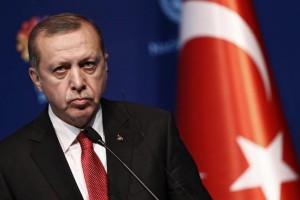 Κύπρος: Έφτασε στο παράνομο αεροδρόμιο της Τύμπου στα Κατεχόμενα ο Ερντογάν