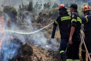 Συναγερμός στη Ρόδο: Φωτιά κοντά σε παλιά χωματερή