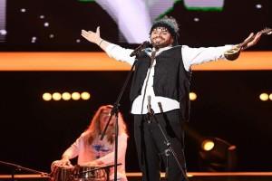 Ο Έλληνας μουσικός που κέρδισε την πρώτη θέση στο διεθνές φεστιβάλ «Χρυσή Φωνή της Βαϊκάλης»