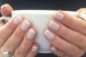 23 + 1 υπέροχες ιδέες μανικιούρ για γυναίκες με κοντά νύχια