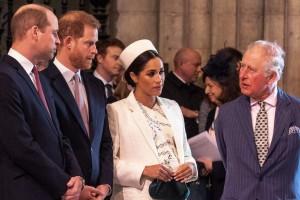 Πρίγκιπας Χάρι: Επίθεση στον πατέρα του - Πρόβλημα στον θεσμό της μοναρχίας