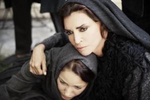 Μιμή Ντενίση: Ηθοποιός του «The Crown» θα παίξει στο «Σμύρνη μου αγαπημένη»