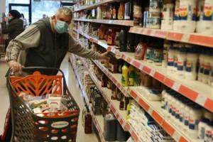 Έρχεται «κραχ» στα νοικοκυριά: Αυξήσεις «φωτιά» σε βενζίνη και σούπερ μάρκετ
