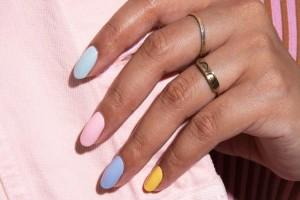 Πώς να κάνεις εύκολα σχέδια στα νύχια σου!