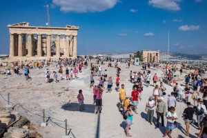 Τρόμος για τον τουρισμό: Η Γερμανία ζητά να μην ταξιδεύουν οι πολίτες της στην Ελλάδα!